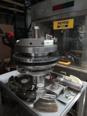 FETTE Tablet Press FETTE P2200
