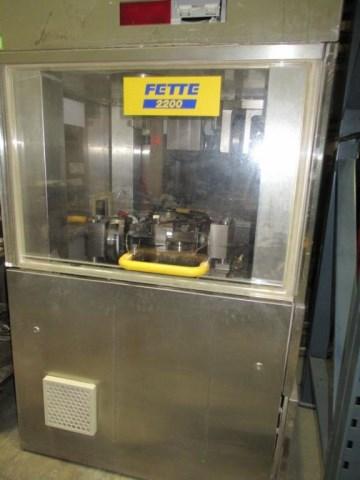 FETTE Comprimitrice FETTE P2200