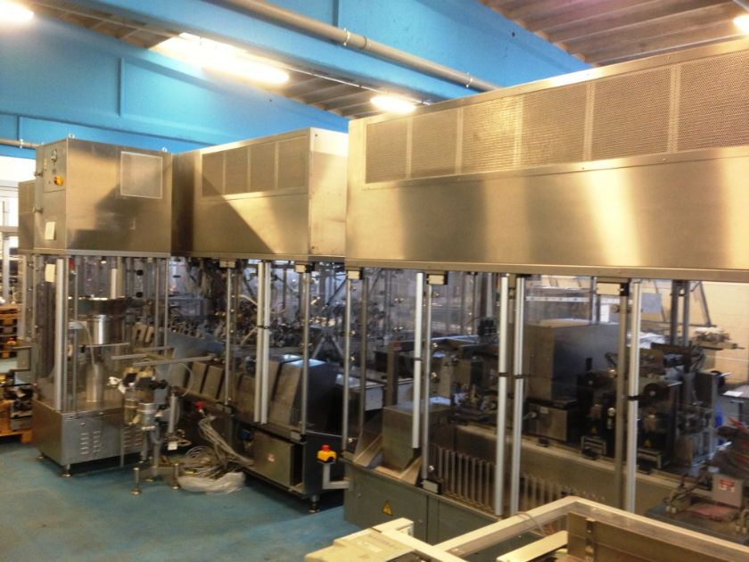 BAUSCH+STRÖBEL IV bags filling closing and overwrapping line BAUSCH+STRÖBEL