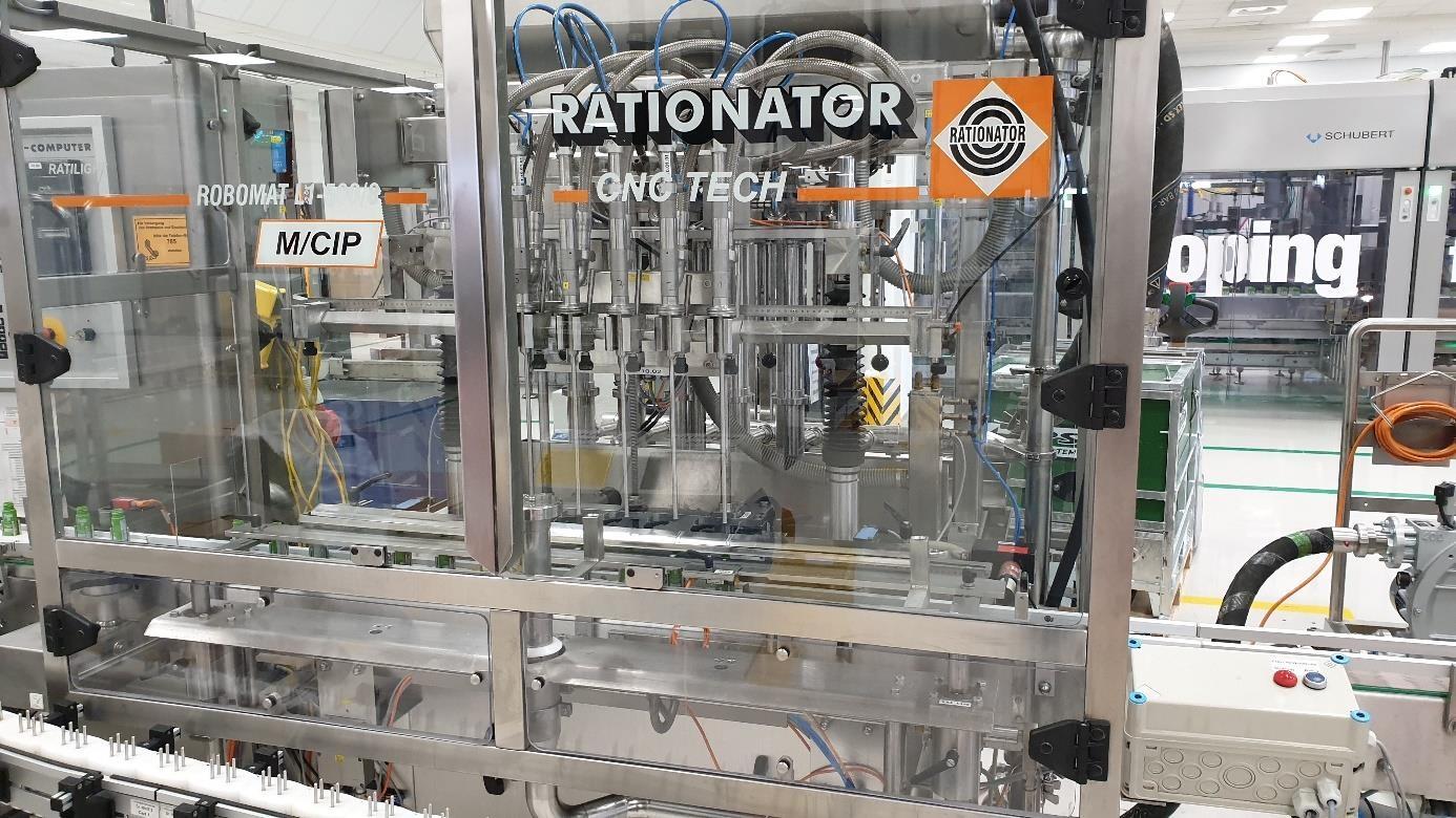 RATIONATOR Maschinenbau GmbH Riempitrice automatica per bottiglie RATIONATOR Maschinenbau GmbH