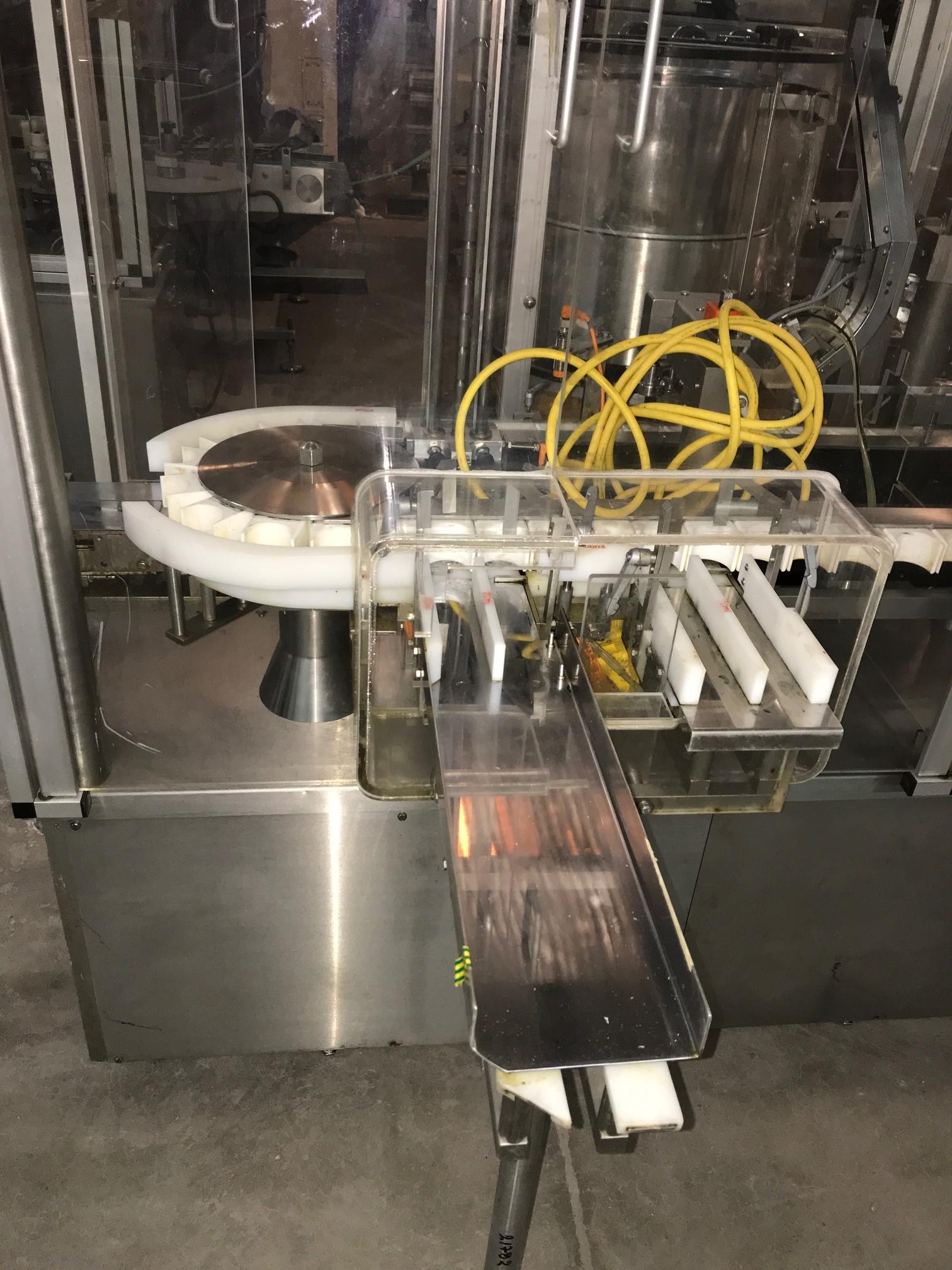 BOSCH Macchina di riempimento e chiusura a movimento intermittente Bosch MLF 3002 per vials iniettabili