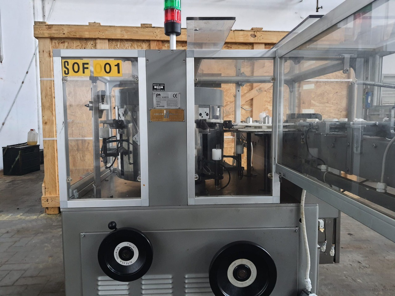 B&D Blowing machine for bottle cleaning B&D